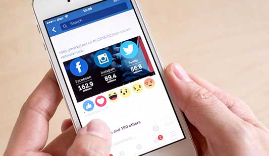 Facebook lajkování