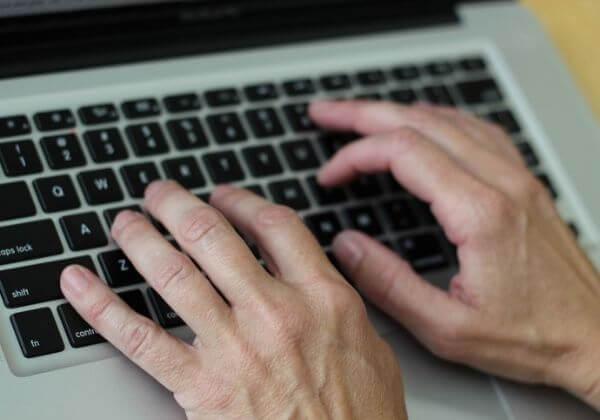 napíši/zveřejním článek informačního/reklamního charakteru