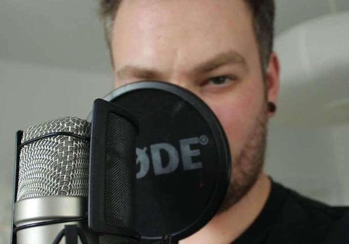 Mužský hlas - voiceover/dabing